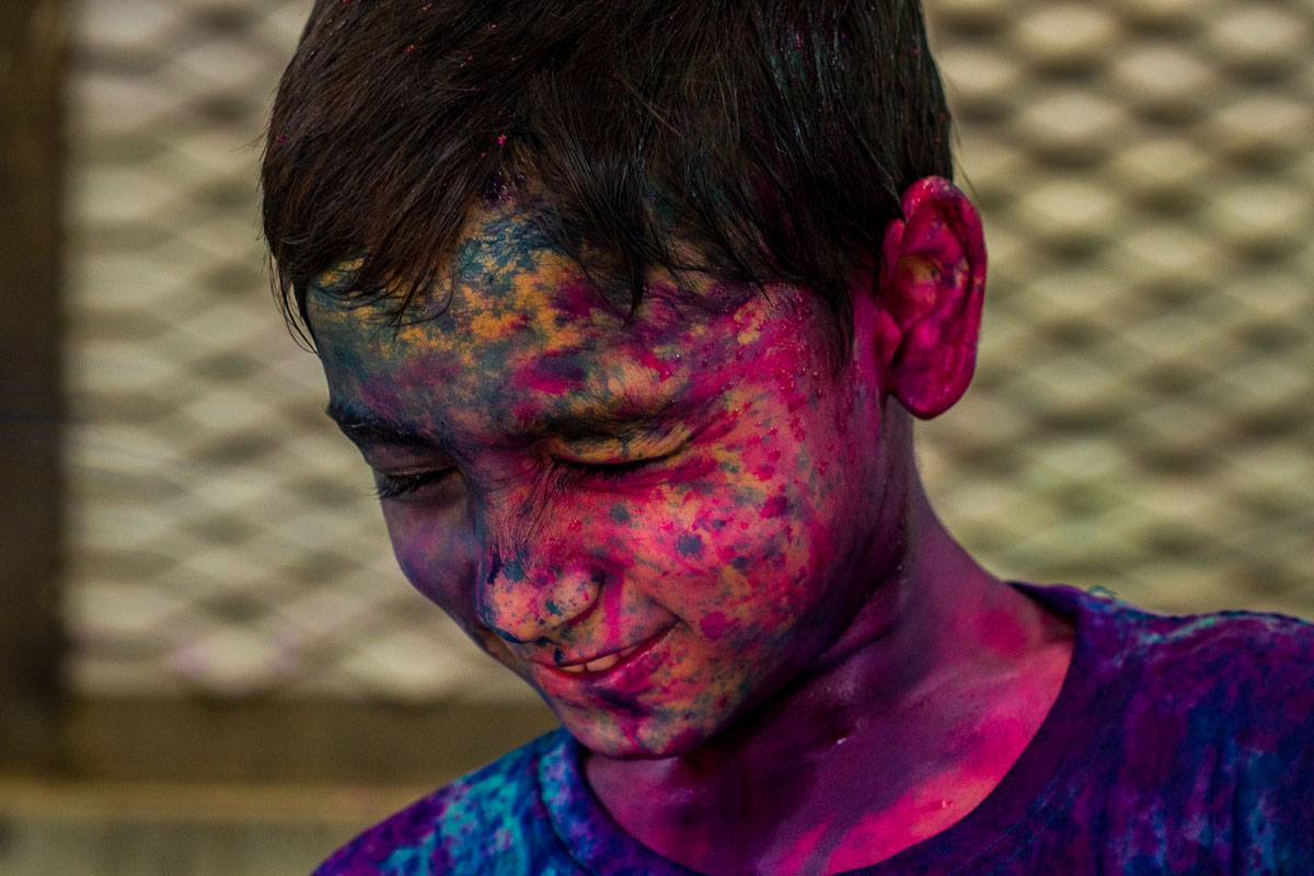 holi color